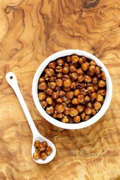 Pois chiches grillés au piment, coriandre, origan et fenouil