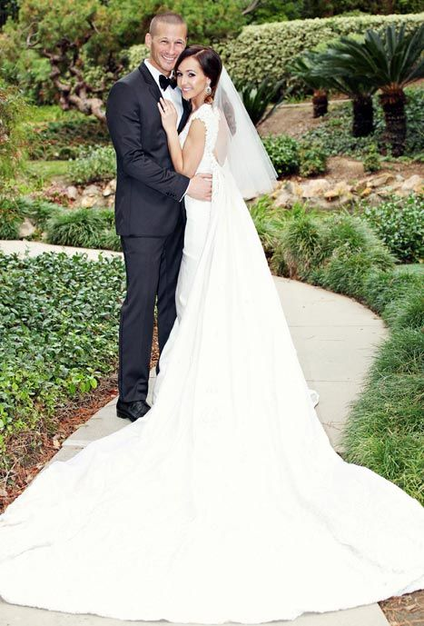 Ashley Hebert wedding dress, its elegant and timeless and just what I would pick for my Brynna baby someday