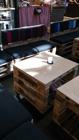Modular pallet coffee table/benches
