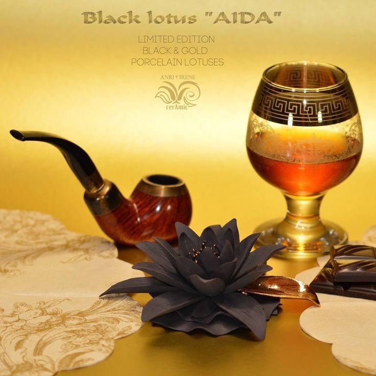 "Ceramic lotus. Bespoke. Biscuit black porcelain and gold glazing. Size15x5cm (5,9""x1,9"")…»"