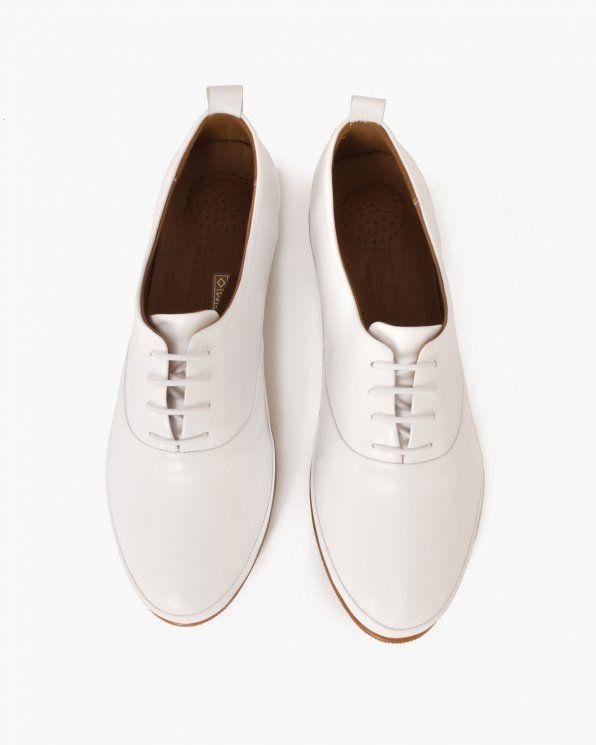 Obuwie Damskie Polbuty Damskie Biale Polbuty Damskie Skorzane 078 50 Bialy Sklep Internetowy Z Butami Buty Damskie I Meskie Online Oxford Shoes Womens Oxfords Shoes