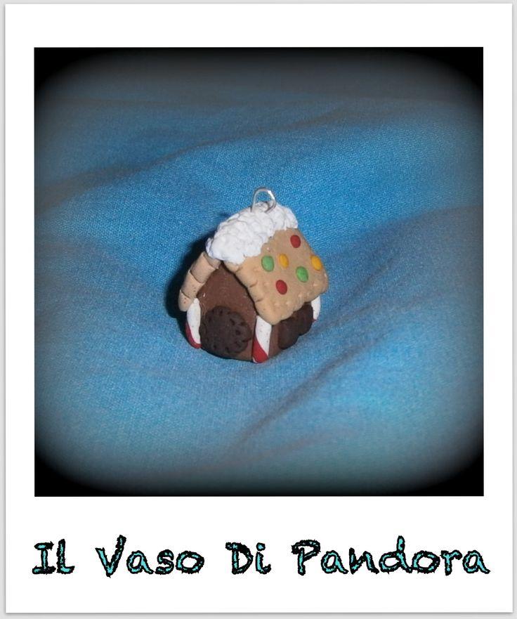 Fimo, Casetta di marzapane, disponibile come collana