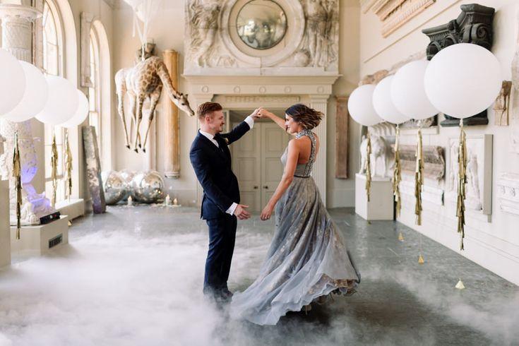 Bride & Groom Dancing - Millar Cole Photography | Stylish Wedding at Aynhoe Park