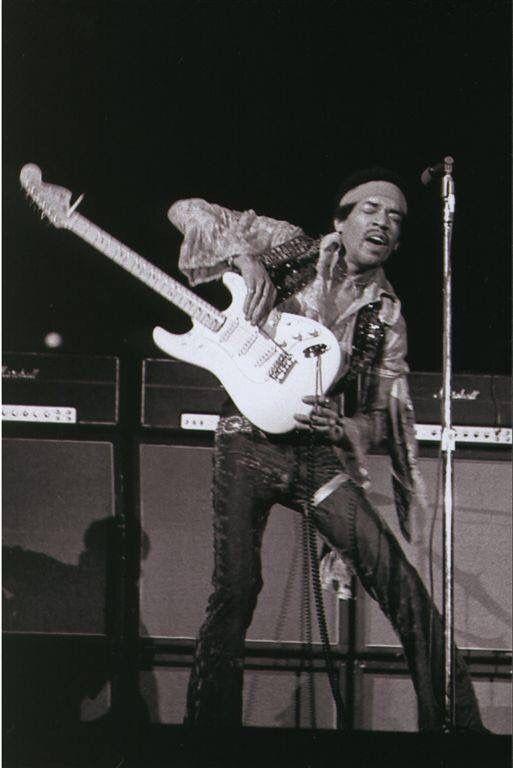 seattle washington 1969 05 23 guitar legends in 2019 jimi hendrix jimi hendrix poster. Black Bedroom Furniture Sets. Home Design Ideas