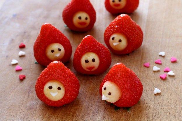 Découvrez comment faire simplement des petits bonhommes en fraises !