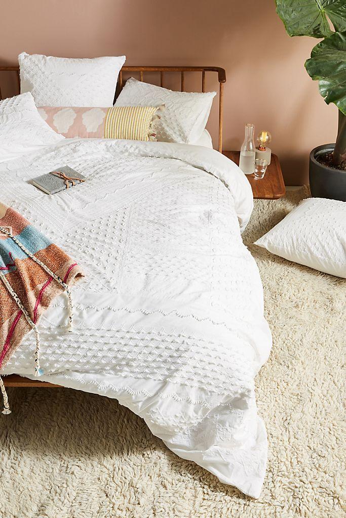 Pin By Madelin Mcgaugh On Room Renovation In 2020 White Duvet Bedding Duvet Bedding White Bed Covers