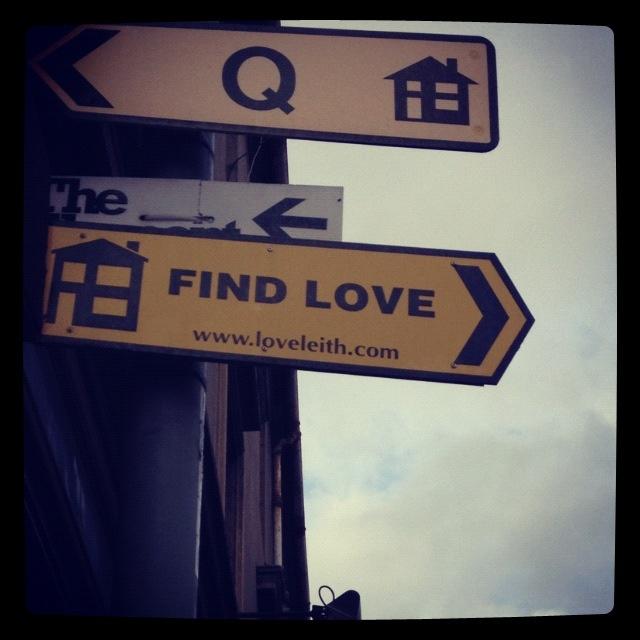 Edinburgh, Dream Holiday, Pub Signs
