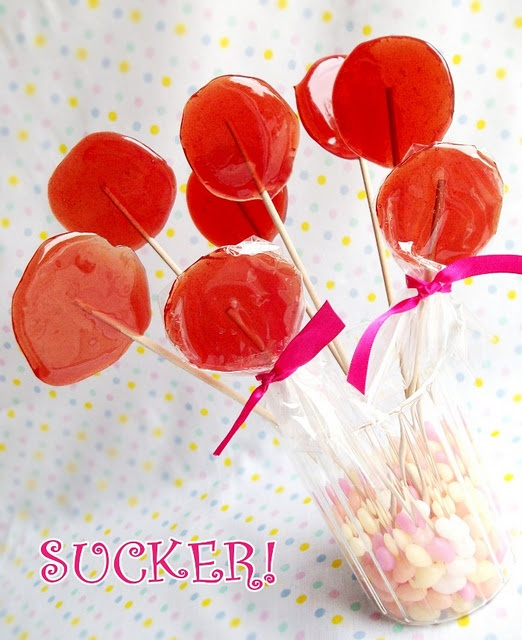 Tutorial: How to Make Old-fashioned Sugar LollipopsTutorials, Sugar Lollipops, Oldfashioned Sugar, Homemade Lollipops, Retro Candies, Kids, Birds Parties, Old Fashion Sugar, Lollipops Recipe