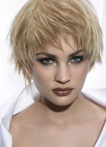 blunt hair style alluring and appealing blunt ends bob cut 6369