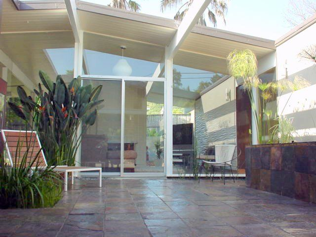41 best atriums courtyards for modern homes images on for Atrium design and decoration