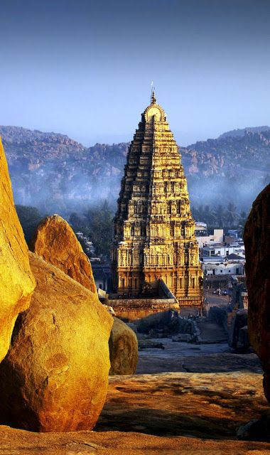 Popular Tourist Destinations Hampi in Karnataka, India
