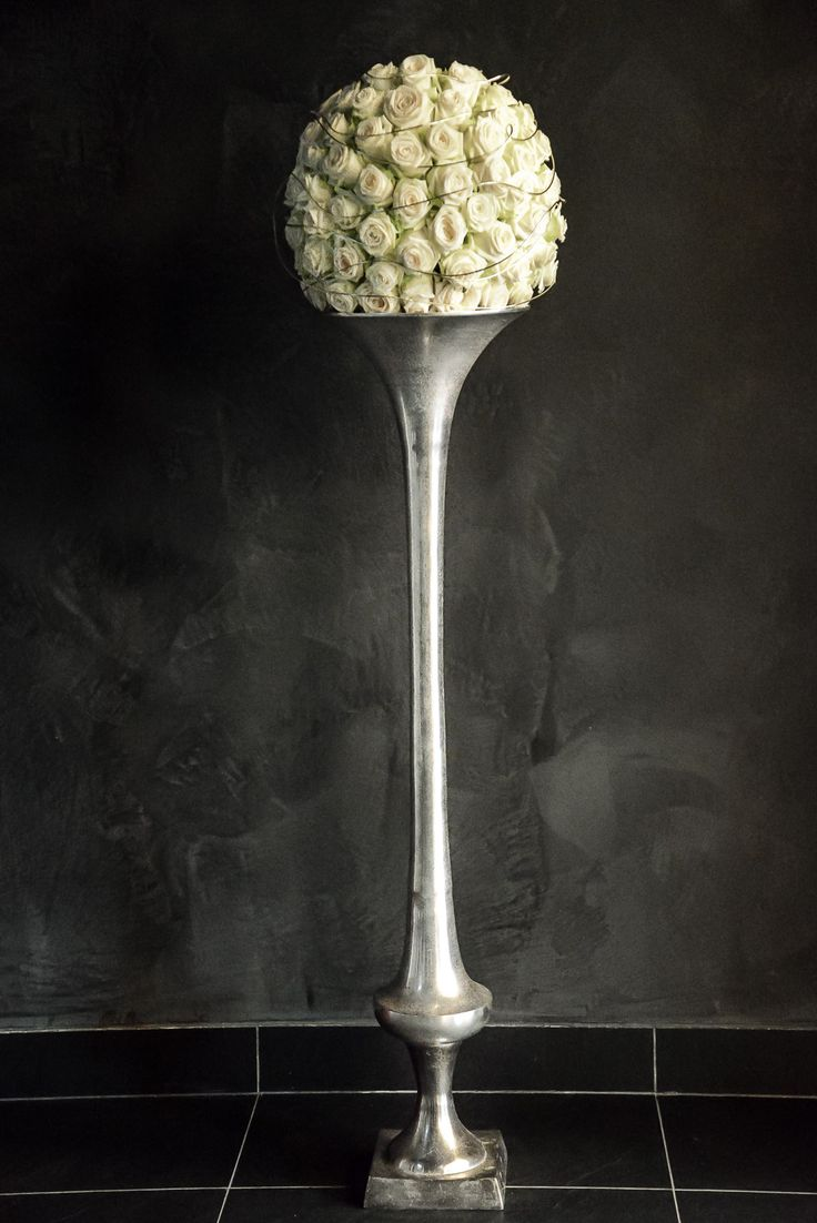 White roses ball decoartion