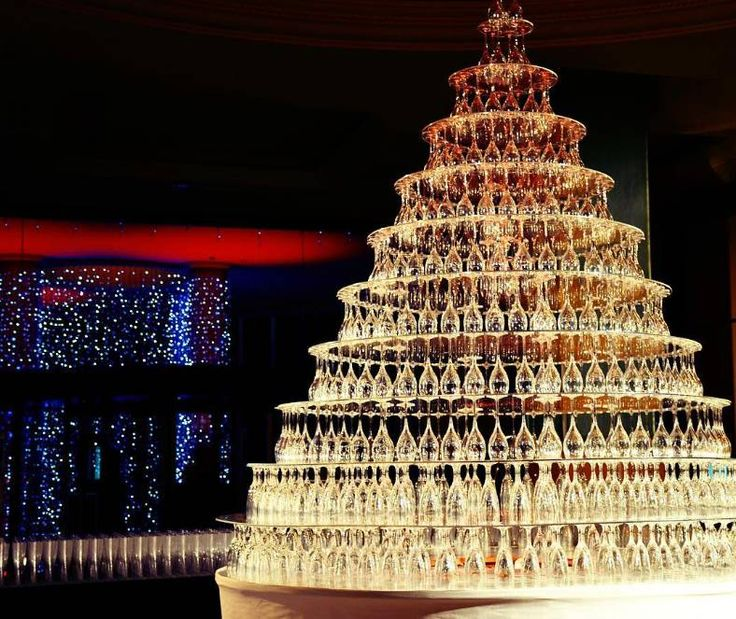 Setting the stage for a Grand #LivingGrand celebration at Grand Hyatt Cannes Hotel Martinez.