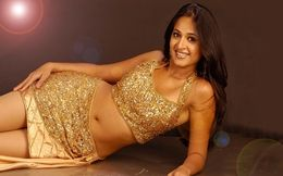 Anushka Shetty New Hot Wallpapers at Hdwallpapersz.net