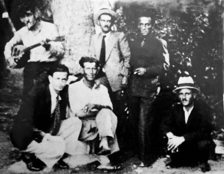 Ο Τσιτσάνης με την παρέα του (1943)