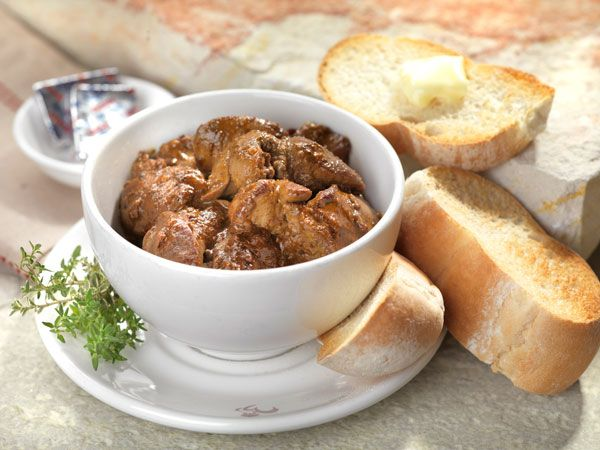 Try these yummy Creamy Peri-Peri Chicken Livers recipe as an appetiser today!   #creamyperiperichickenliver #appetiser #maincourse