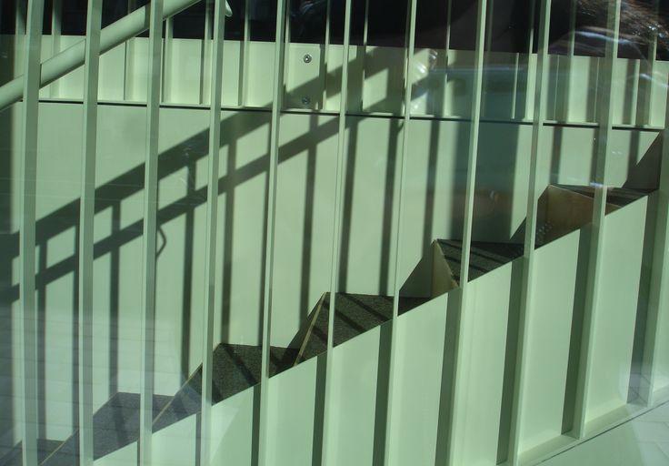1000 images about opdracht 1 lijn on pinterest van - De trap van de bistro ...