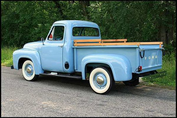 Image gallery old fashion trucks