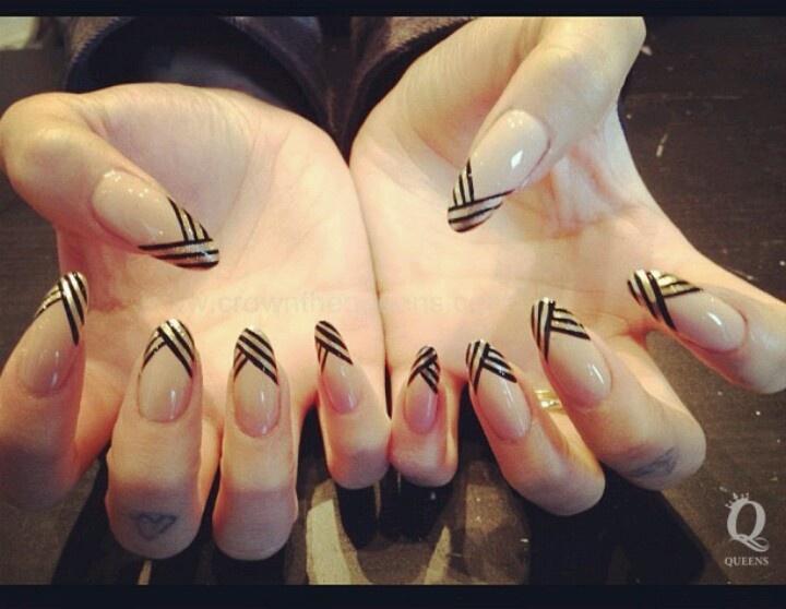 Round tip sporty nails - 121 Beste Afbeeldingen Over Nails Op Pinterest - Nagelkunst