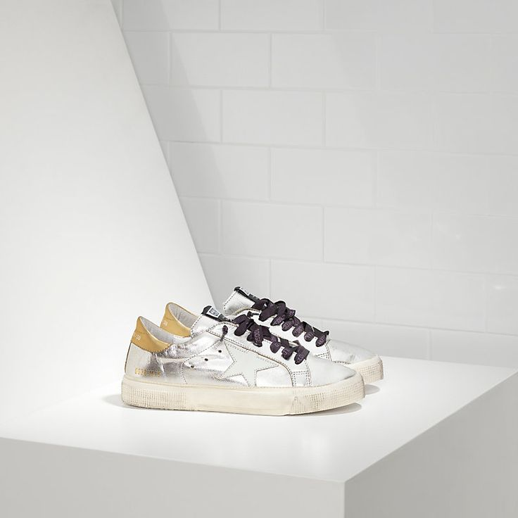 Golden Goose May Sneakers In Leather With Leather Star     www.goldengooseforsale.com
