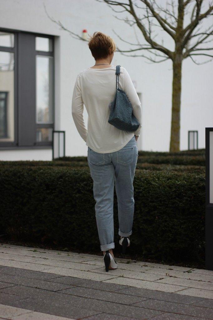 Tchibo Frühlingskollektions Helene Fischer, Chino, weißes Shirt, Seide, Viskose