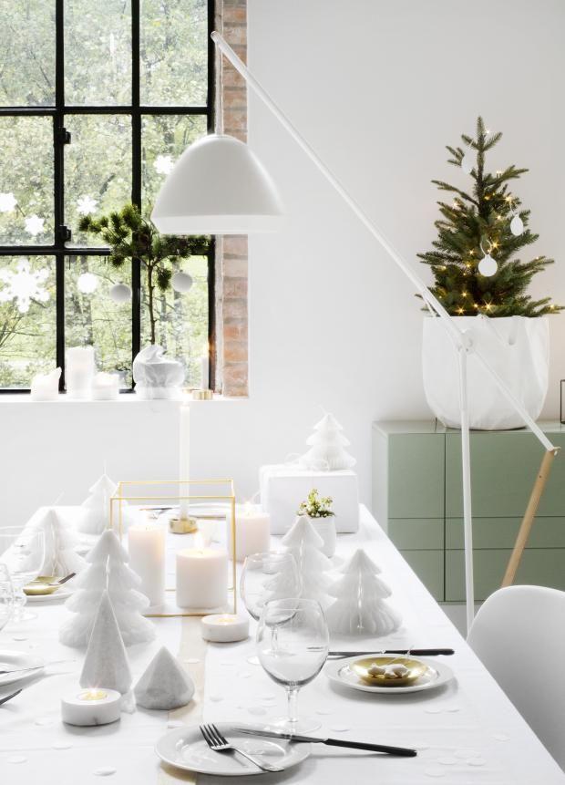 White on white tablesetting! Styling Birgita Roald Photo Nina Ruud kkliving.no