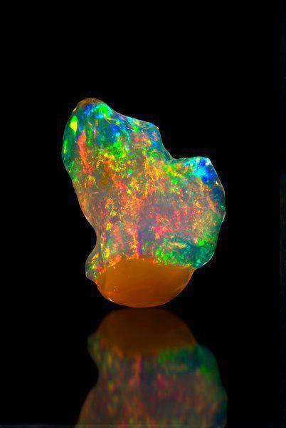 Opal - Australia / Mineral Friends <3