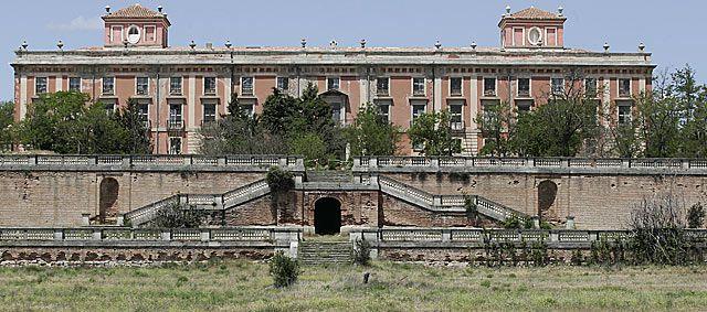 17 best images about lugares de espa a spain places - Residencia boadilla del monte ...