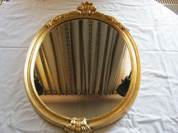 Antiker Ovaler Spiegel mit Holzrahmen,Farbe Gold,Wien 1963,Höhe ca.61 cm,Dreite ca.42 cm,sehr guter zustand von AbrahamsTroedelShop auf Etsy