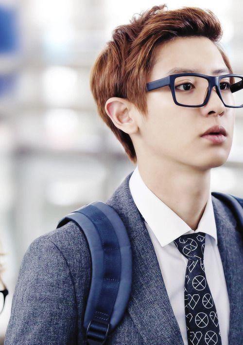 Chanyeol Glasses Airport