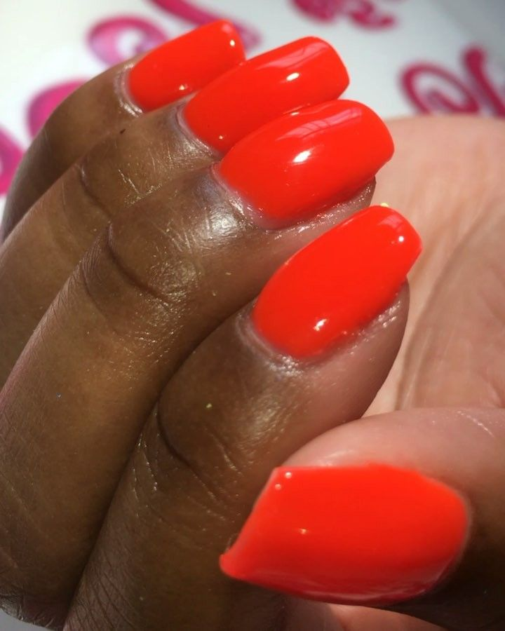 """77 Likes, 1 Comments - Nails By SyMara (@nailsbysymara) on Instagram: """"Liquid Gel overlay with """"Spotlight"""" gel polish a summer time favorite! #nails2inspire #chrome…"""""""