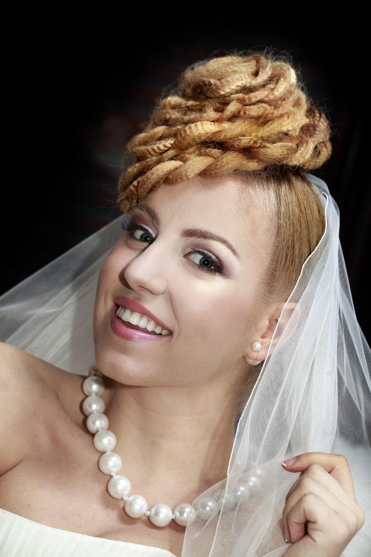 Creative hairstyles @ www.centrulshakti.ro   Hair: Centrul Shakti  Photography: Mihai Cucu Makeup: Electra Makeup artist ( Catuneanu Andreea)  Accesorii: Accesorii Alese Handmade Model mireasa: Popa Melania Rochie de mireasa: Casa de moda Adeline