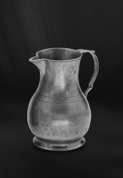 Pewter Pitcher - Height: 21 cm (8,3″) - Food Safe Product - #jug #pitcher #pewter #brocca #caraffa #peltro #krug #zinn #zinnkrug #étain #etain #pichet #peltre #tinn #олово #оловянный #tableware #dinnerware #drinkware #table #accessories #decor #design #bottega #peltro #GT #italian #handmade #made #italy #artisans #craftsmanship #craftsman #primitive #vintage #antique