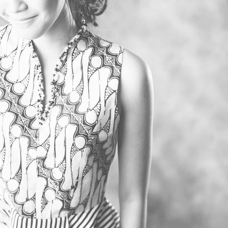 New opening promotion awaits you www.nonandnik.com #renovation #website #newlook #visitnow #batik #batikindonesia #fashionindonesia #batikdress #batikmodern #batikshop #fashionbatik #batikfashion #ootdbatik #onlineshop #localbrand #readytowear #batiknonik #nonandnik
