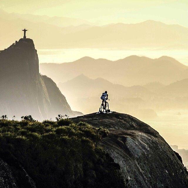 A long road until the top. Nice view - Rio de Janeiro/ Brazil