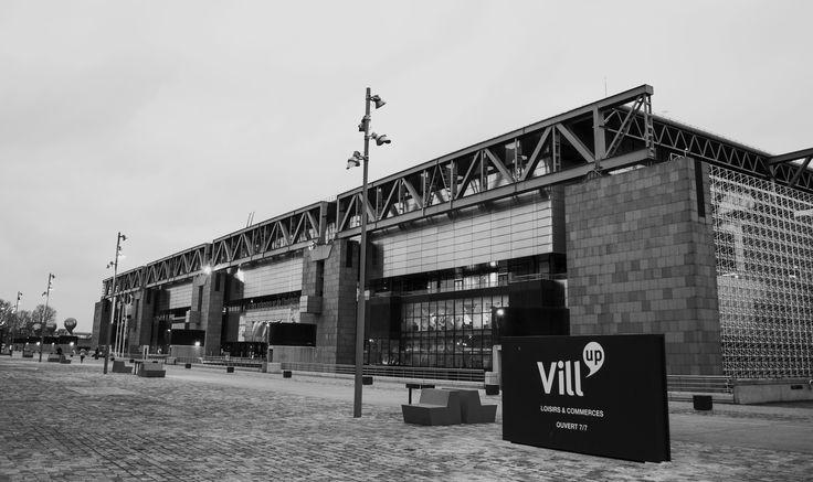 Monochrome : Paris - Cité des Sciences et de l'industrie et Vill'Up
