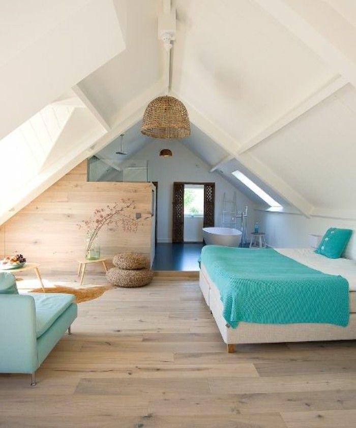 deco chambre mansardee pour une suite parentale, sol en bois clair
