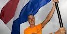 Windsurfer Dorian van Rijsselberge zal tijdens de openingsceremonie van de Olympische Spelen London 2012 op 27 juli aanstaande de Nederlandse vlag het Olympisch stadion binnendragen.