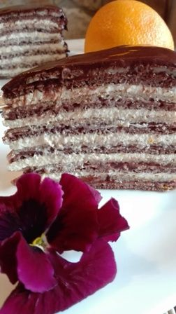 Palacsintatorta Szafi Reform sütemény lisztkeverékből narancsos-túrós-mascarpone krémmel és Szafi eper lekvárral