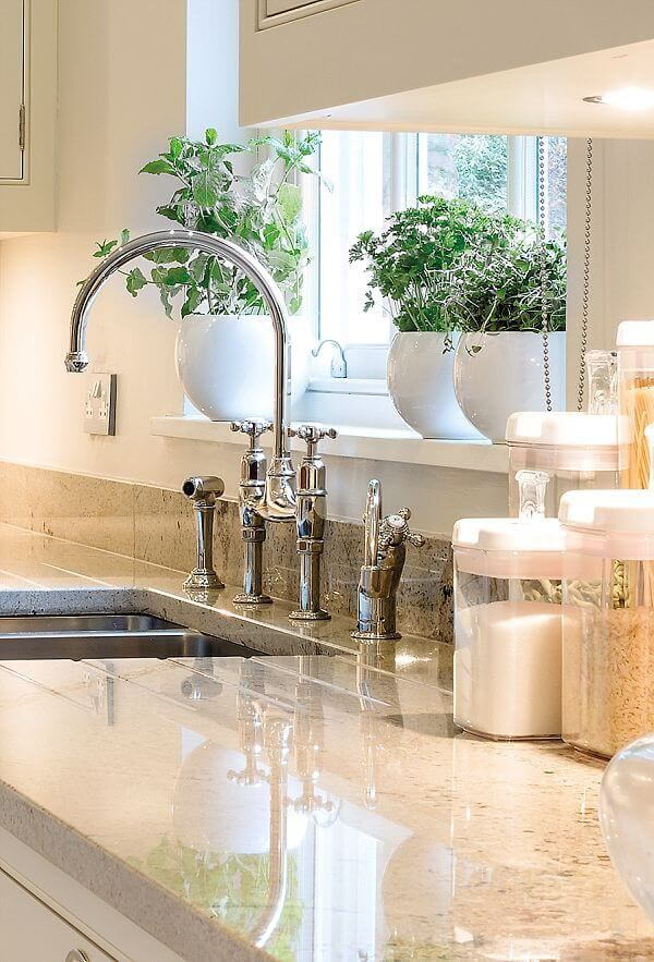 White kitchen with grey granite worktop