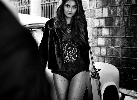 Bollywood Fashionista Sonam Kapoor has turned the cover girl for leading fashion magazine Vogue, for entire November.