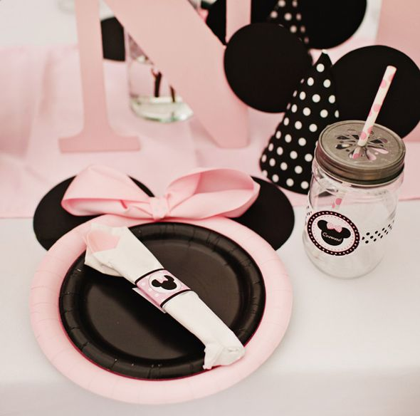 Pink Minnie Mouse First Birthday Party