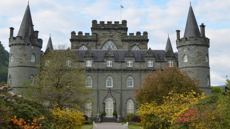 Learn the story behind the real Scottish castle that stood in for Duneagle in the Downton Abbey Season 3 Christmas episode.