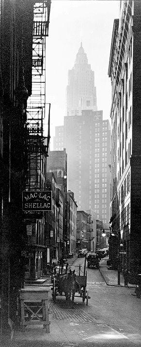 Berenice Abbott - Cliff and Ferry Street (1935)