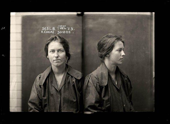 I volti e le storie delle donne criminali del secolo scorso nelle loro foto  segnaletiche  Alice Adeline Cooke, 24 anni, arestata nel 1922 per furto e condannata per bigamia