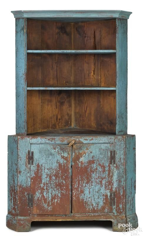 Painted hard pine one-piece corner cupboard - Price Estimate: $2000 - $3000 - Painted Hard Pine One-piece Corner Cupboard - Price Estimate: $2000