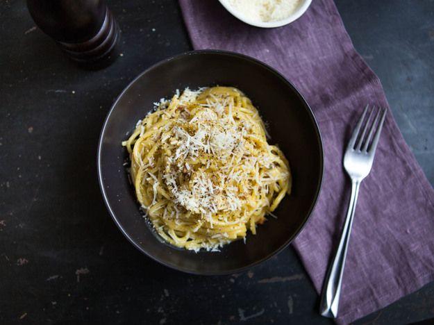 Spaghetti With Carbonara Sauce Recipe Serious Eats Carbonara