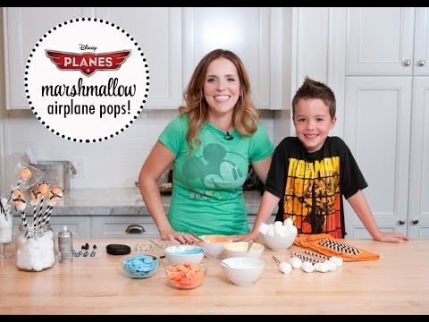 DIY Disney's PLANES Marshmallow Plane Pops ~ Perfect as a kids birthday party favor or party activity for the kids! How to video.