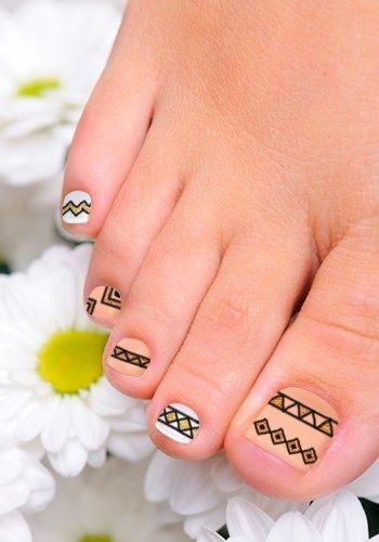 Best 25 easy toenail designs ideas on pinterest simple toenail cute and easy toenail art designs prinsesfo Images