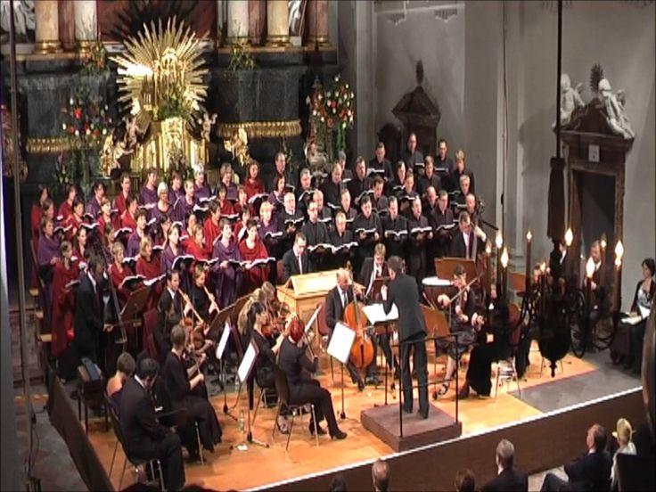 Sehr schöne Fassung! Chor Ad Libitum - The Messiah - Hallelujah - YouTube